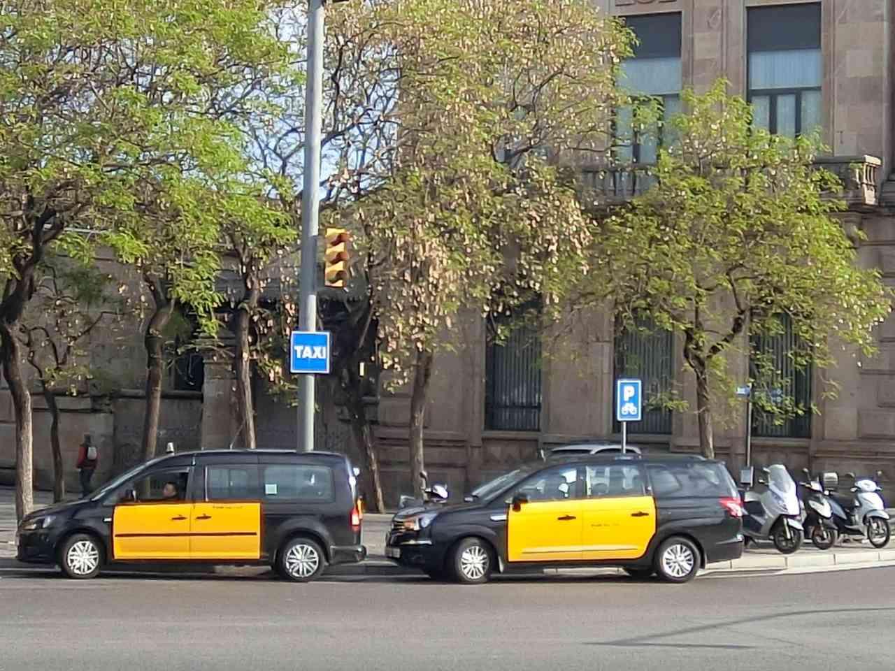 西班牙 巴塞隆納】哥倫布廣場