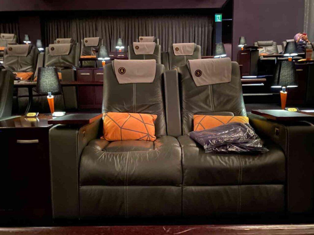 【台中 西屯】Tiger City老虎城Gold Class-很棒的看電影環境